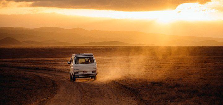 Turism: ghid practic pentru calatorit cu masina