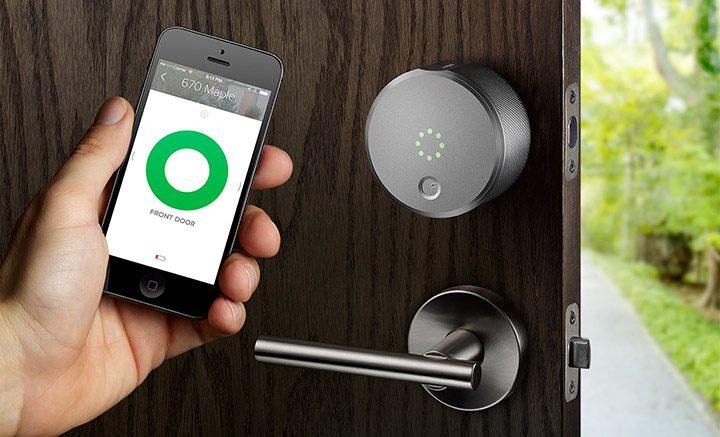 casa inteligenta deschidere usa cu telefonul