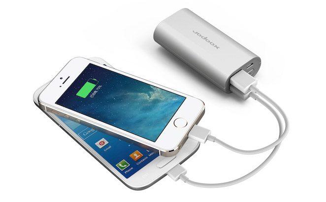 baterie externa de dimensiuni mici