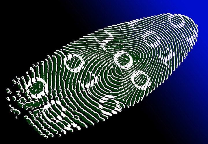 datele personale sunt vulnerabile pe Internet daca nu te protejezi