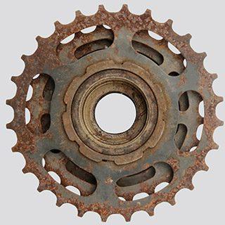 pinioane ruginite bicicleta