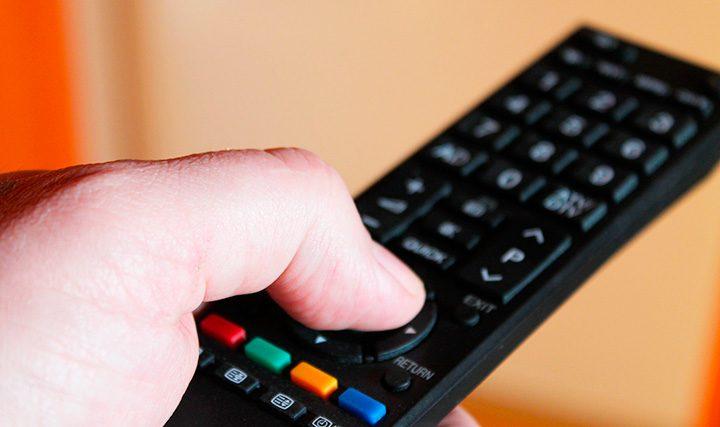 Telecomanda universala: ce este, de care cumperi si cum o programezi (setezi)