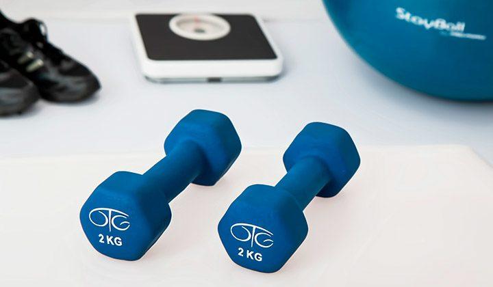 Aparate fitness pentru acasa: cum te antrenezi in casa ca la sala de sport