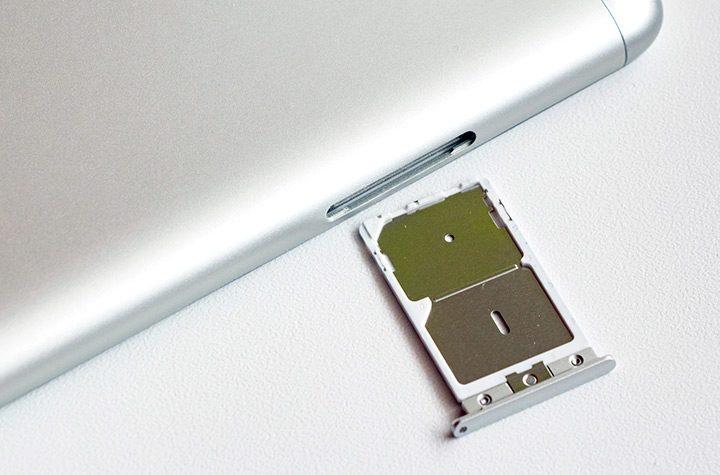 Telefoane Dual SIM: conectat la doua retele pe acelasi smartphone