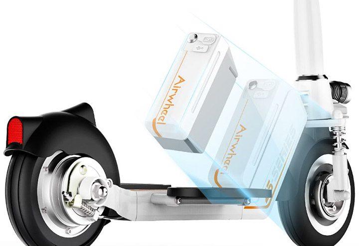trotineta electrica cu motor electric si acumulator