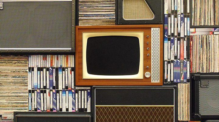 televizor clasic cu tub catodic