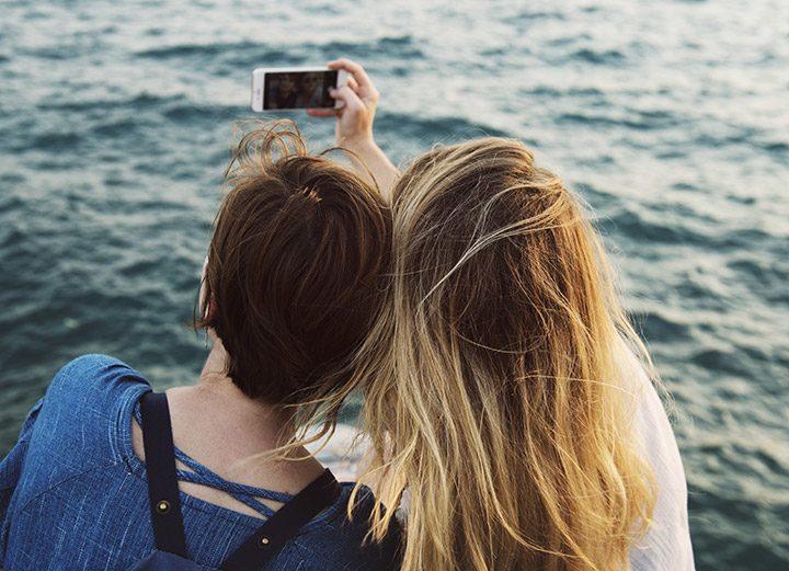 telefoane pentru selfie