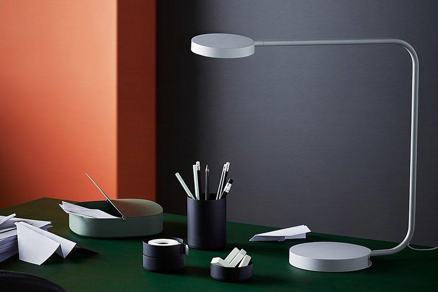 Cum alegi o lampa de birou: design, caracteristici si functii inedite