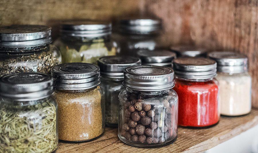 recipiente de condimente