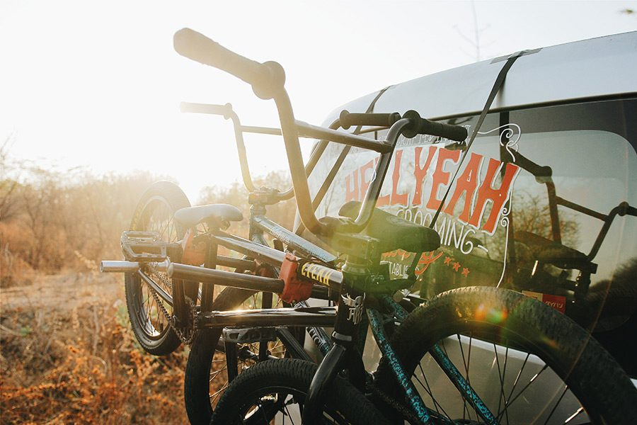 Suport de bicicleta pentru masina: cum alegi, tipuri si preturi