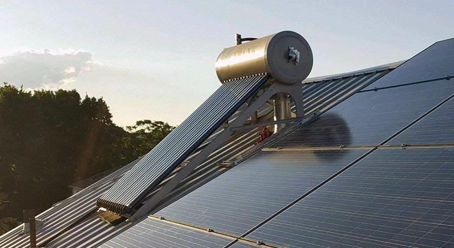 panou solar apa calda acoperis