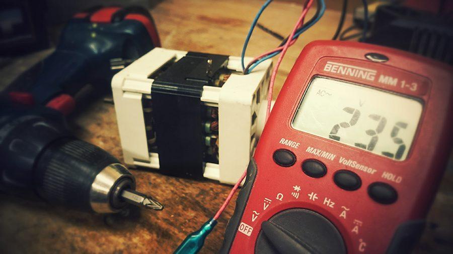 Cum salvezi electronicele cu un stabilizator de tensiune: tehnologii si preturi