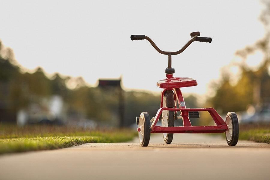 Tricicleta pentru copii: cele mai importante caracteristici de urmarit cand cumperi