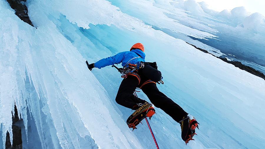 sporturi extreme catarare pe gheata