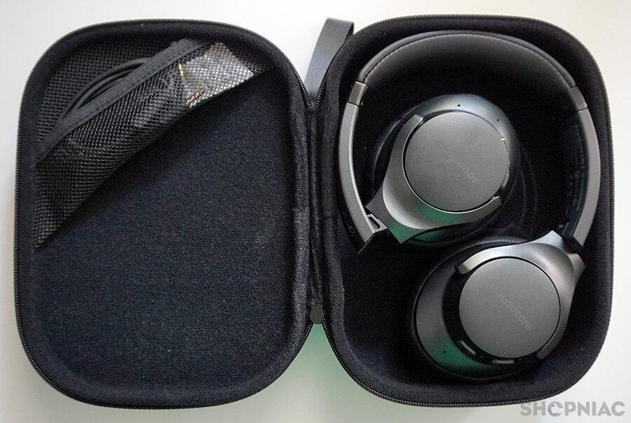 anker soundcore life 2 hard case interior