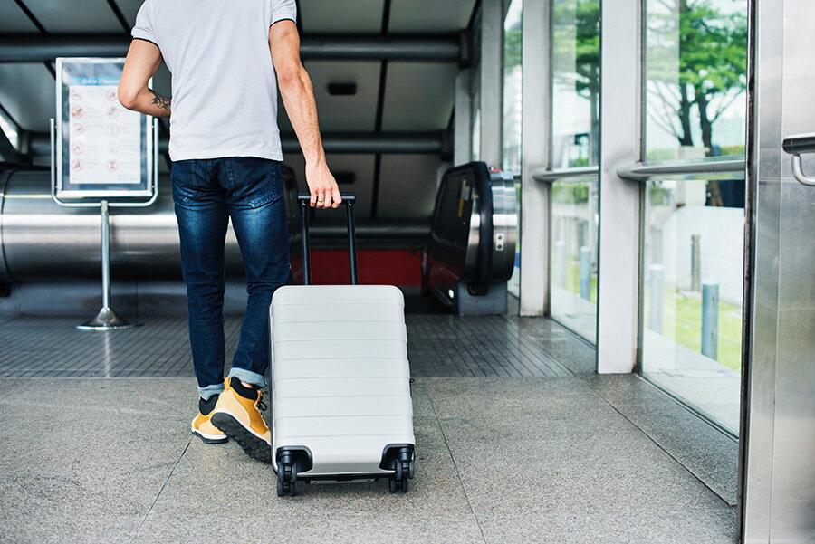 bagaj de mana pentru avion