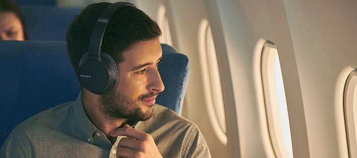 casti noise cancelling avion
