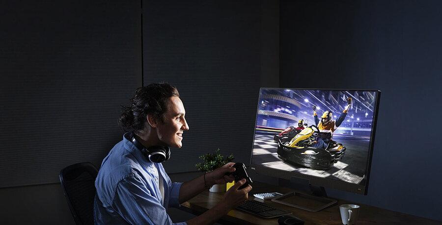 Ghid: cum alegi un monitor de gaming pentru jocuri si nu numai