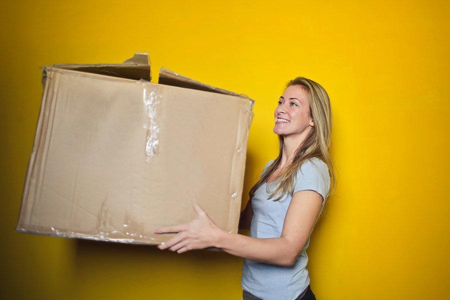 Taxe de livrare la eMAG: cat costa si optiuni de livrare a comenzilor