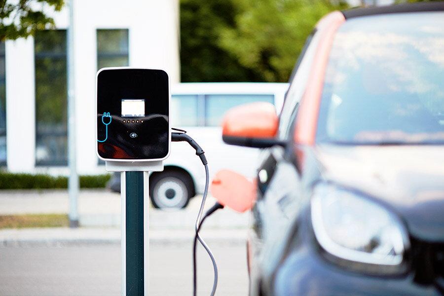 Calcul: costul incarcarii masinii electrice versus benzina, diesel si GPL