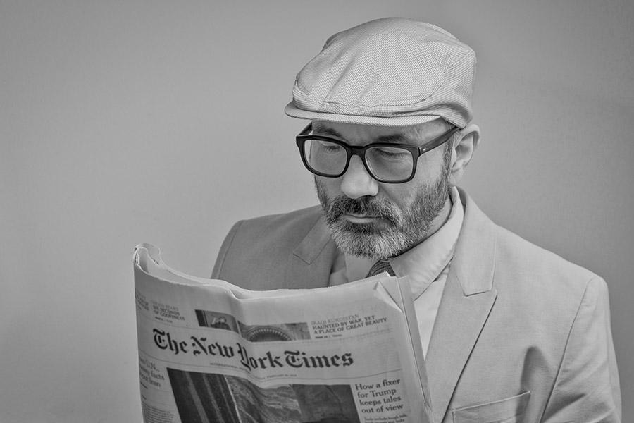 om care citeste ziarul