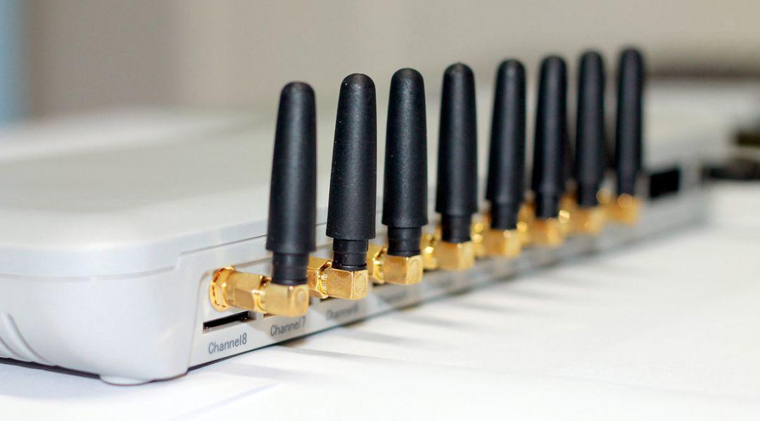 Amplificator de semnal GSM: semnal mai bun pentru telefon, dar cu conditii