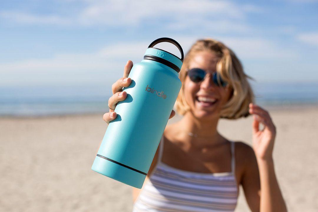 Alege o sticla de apa reutilizabila si planeta impreuna cu portofelul iti vor multumi