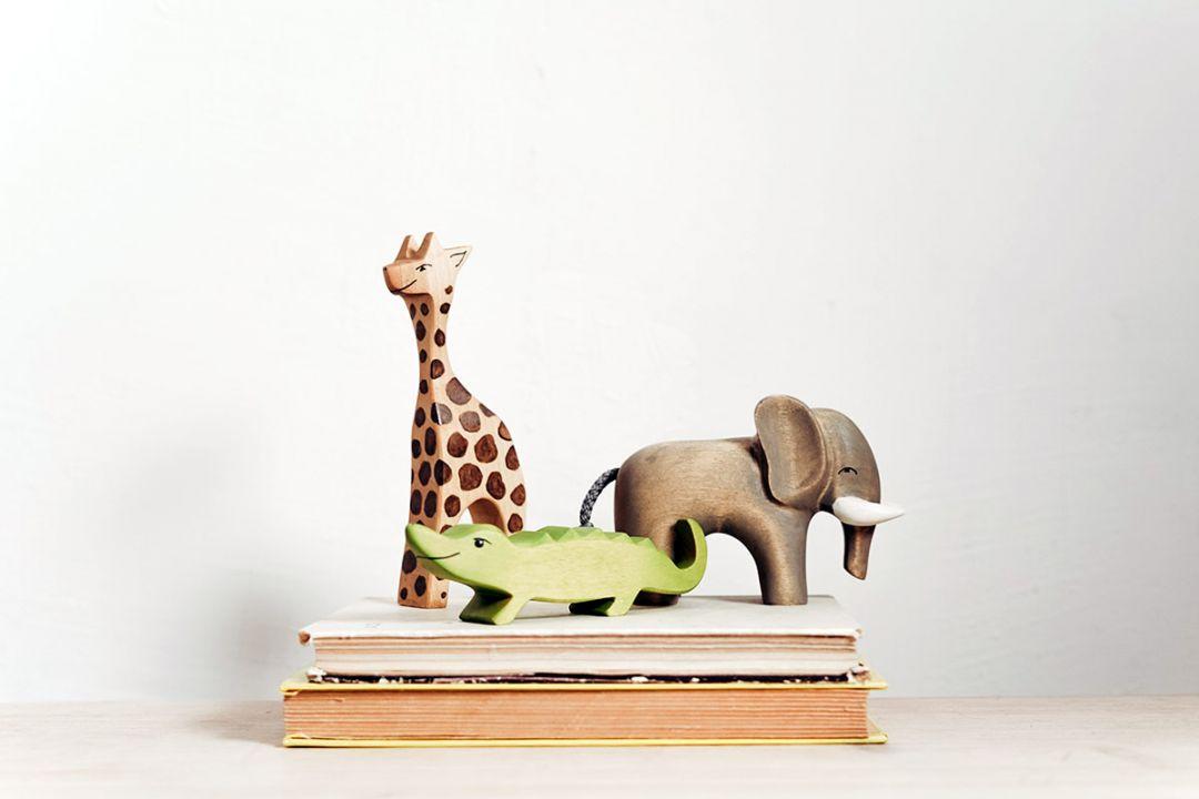 Jucarii din lemn pentru copii: avantaje, tipuri si de ce sunt de preferat