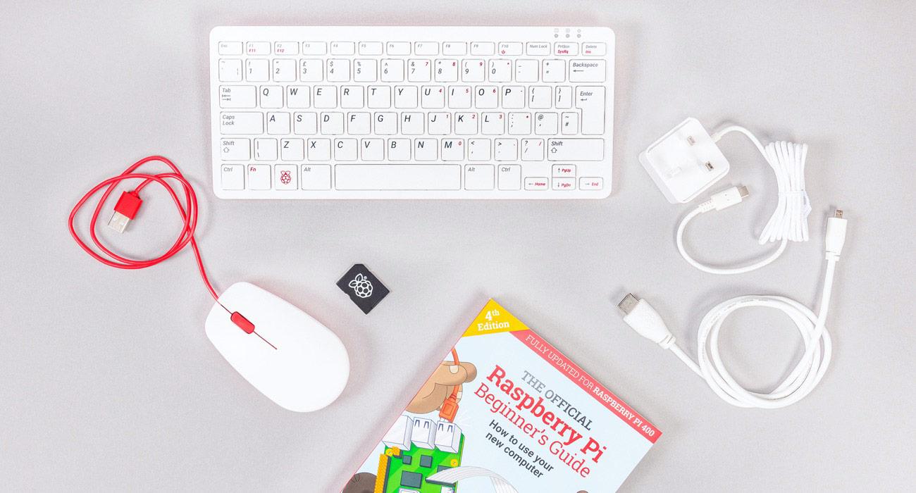 Raspberry Pi 400 Kit: o tastatura de 500 de lei care include si un calculator