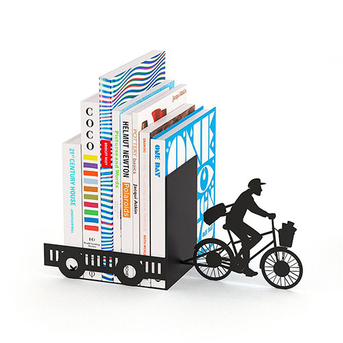 capat de rand postas pe bicicleta
