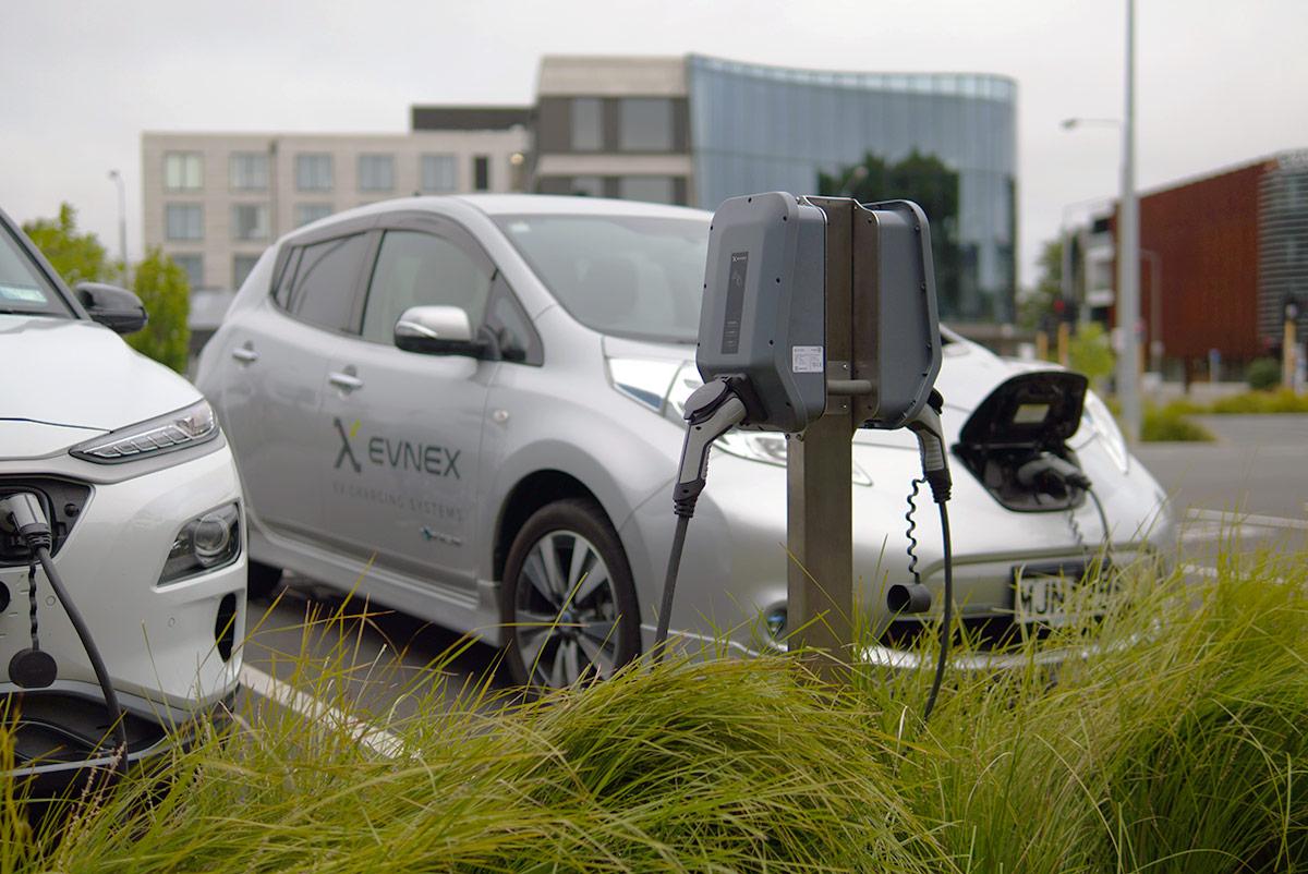 Incarcarea masinilor electrice simplificata de eticheta unica de compatibilitate